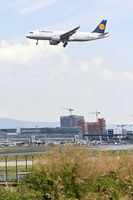 Viewpoint est at airport frankfurt is open - airbus is landing
