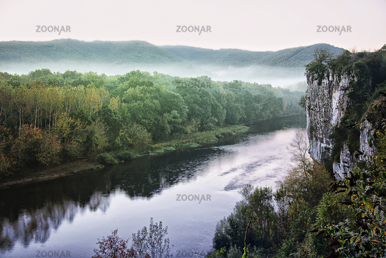 Dordogne valley near Cazoulès, Aquitaine, France