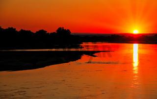 Sonnenuntergang am Luangwa, South Luangwa Nationalpark, Sambia | Sunset at Luangwa, South Luangwa Nationalpark, Zambia