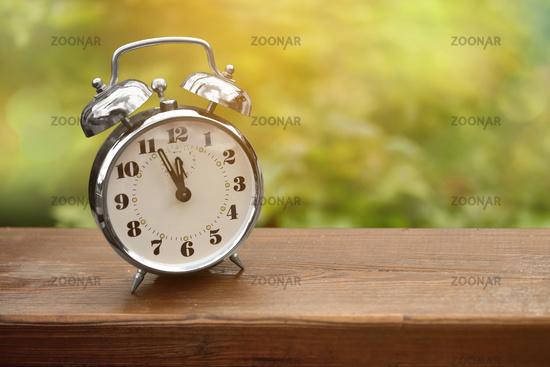 alarm clock summer appointment holidays urgent school
