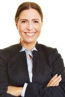Bewerbungsfoto einer lächelnden Frau
