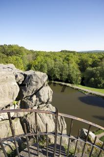Die Externsteine, das mystische Naturdenkmal im Teutoburger Wald, Deutschland