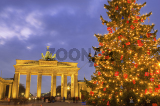 Brandenberg Gate at Christmas