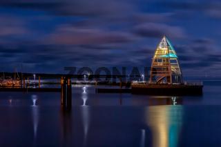Hafen von Juist bei Nacht