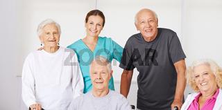 Gruppen Senioren im Pflegeheim