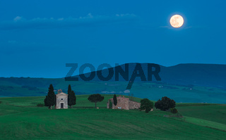 Scenic tuscan view, Cappella della Madonna di Vitaleta