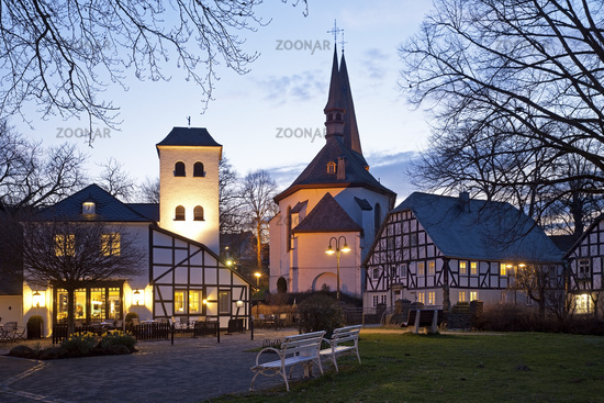 old town with parish church of St. Peter and Paul in twilight, Eslohe, Sauerland, Germany, Europe