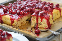Stracciatella cake with red fruit jelly