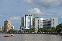Hilton Hotel an der Kuching Waterfront am Sarawak Fluss