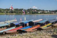 THAILAND CHIANG KHONG MEKONG BOAT POERT
