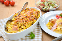 Baked Austrian pasta with ham and cheese