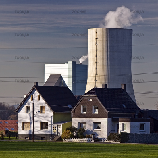 Coal-fired power plant Datteln 4 in front of residantal houses, coal exit, Datteln, Germany, Europe