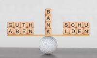 Guthaben und Schulden bei der Bank