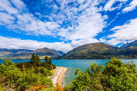 The picturesque shore of Lake Wanaka