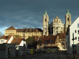 Basilika und Klostergebäude in Weingarten (Württ.)