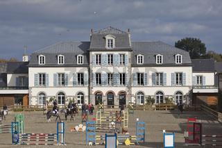 Carrière d'honneur - Reitplatz im Herzen des Gestüts Lamballe