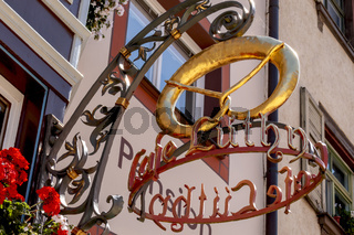 Alte Handwerkskunst, Ladenschild