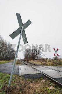 Gleise der Heidekrautbahn bei Blankenfelde, Berlin, Deutschland