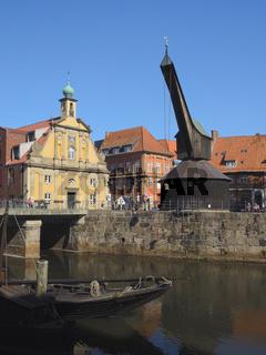 Lüneburg - Ilmenau-Hafen mit dem Alten Kran, Deutschland