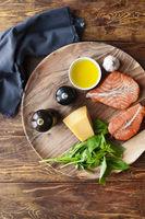 Salmon steaks with fresh ingredients