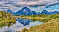 view of jackson lake n grand teton national park wyoming