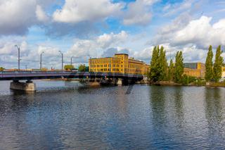 Berlin Schöneweide, Treskowbrücke, Bezirk Treptow-Köpenick, Industriegebäude, Werkhallen