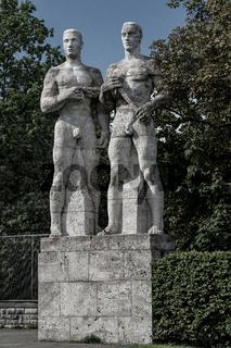 Olympiastadion Berlin, Staffelläufer