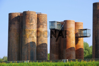 Lauchhammer Biotuerme - Lauchhammer Castel del Monte 01