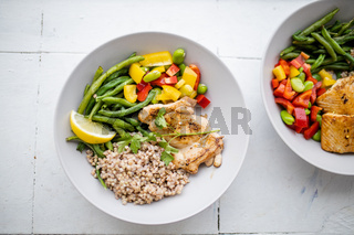 Chicken and buckwheat dish with green beans and bell pepper