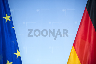 Foreign Minister Steinmeier receives EU Budget Commissioner Lewandowski