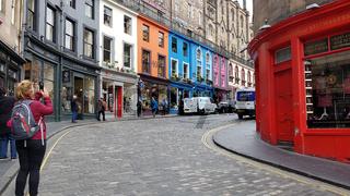 West Bow und Victoria Street in Edinburgh in Schottland