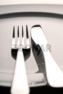 Gabel, Messer und Teller