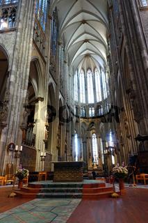 Altar und Hochchor im Kölner Dom