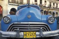 CUBA HAVANA AMERICAN CARS