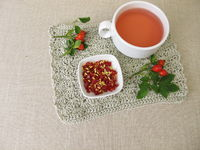 Red rosehip tea from seeds and hips