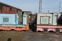 Historical locomotives and wagons in detail