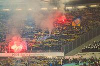 Eintracht Braunschweig Fans zünden Pyrotechnik