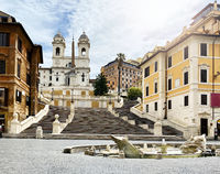 the Spanish steps in Rome unusually deserted during the quarantine