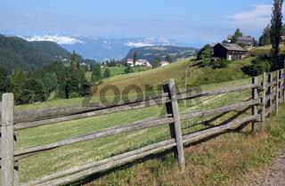 Zaun bei Deutschnofen in Südtirol