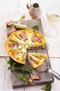 rhubarb and asparagus tarte