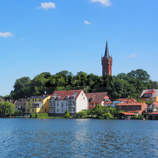 Feldberg am Haussee in der Feldberger Seenlandschaft, Mecklenburg-Vorpommern, Deutschland