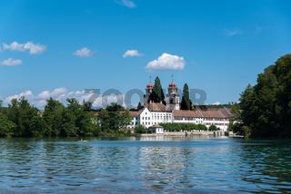 Rhein mit Kloster Rheinau