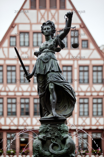 Justitia with scales, justice fountain or Justitiabrunnen, old town, Frankfurt, Germany, Europe