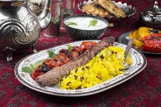 kabab-e-koobideh with sereshk polo