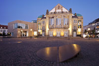 Theater in the evening, Osnabrueck, Lower Saxony, Germany, Europe