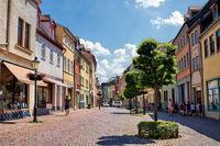 naumburg, deutschland - 18.06.2019 - shoppingmeile im stadtzentrum