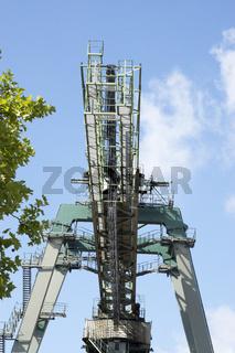 Portalkran im Dortmunder Containerhafen, Deutschland