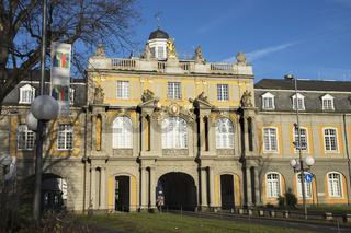 Kurfürstliches Schloss in Bonn, Deutschland, Koblenzer Tor
