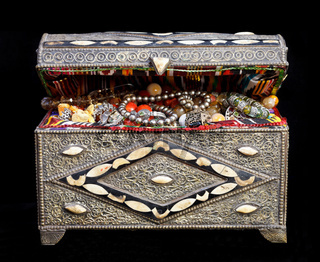 ancient arabic treasure chest