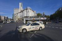 Kurfuerstendamm, taxi, Berlin